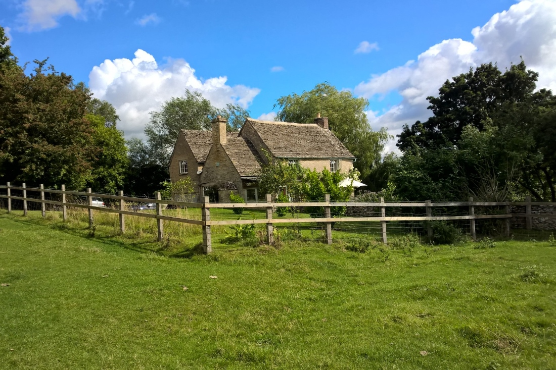 Farmhouse in the cotswolds